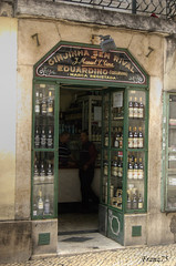 Ginjinha (franz75) Tags: portugal d50 cherry nikon lisboa lisbon liquor hdr lisbona portogallo liquore ciliegia ginjinha ilustrarportugal