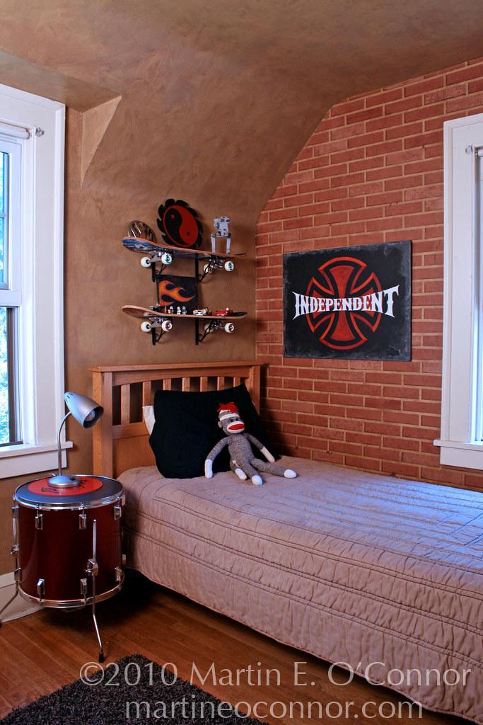 Skateboard bedroom decor skateboard bedroom decor for Boys skateboard bedroom ideas