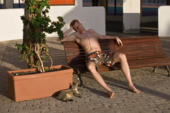 Bene and the cat :-D (michaelgrohe) Tags: ocean sleeping sea vacation costa holiday cat island meer kanaren canarias atlantic tenerife teneriffa riu inseln adeje