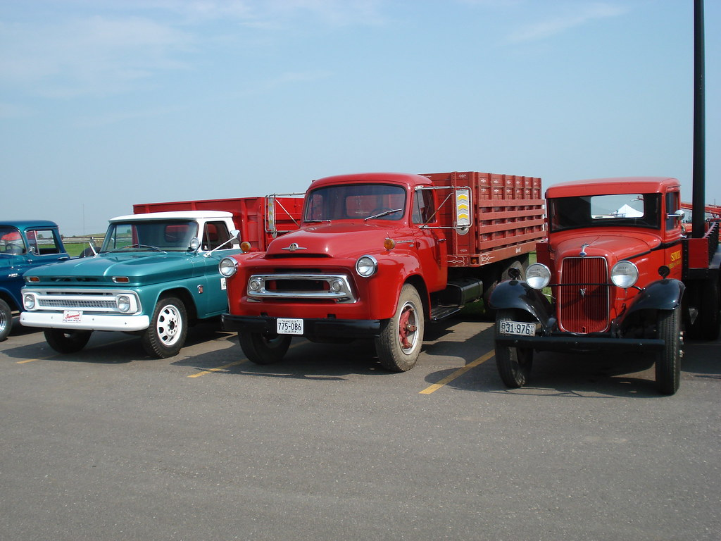 The Worlds Most Recently Posted Photos Of C30 And Farm Flickr 1948 Ford Grain Truck Trio Grizfan Tags Chevrolet Corn Trucks Ih