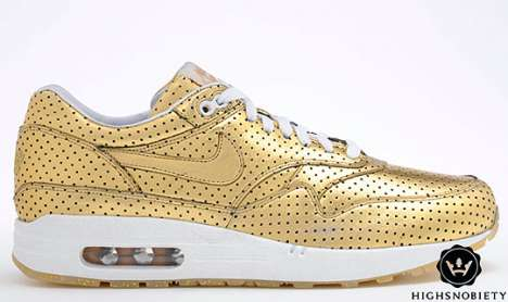nike gold olympic retro shoes