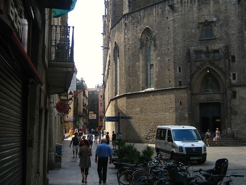 Santa Maria del Mar, Puerta del Borne