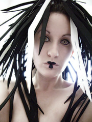 folie (coup de folie) Tags: white black girl punk goth pale foam geisha dreads dreadfalls gothicculture