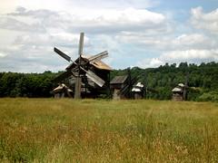 Gathering of windmills (Silanov) Tags: nature windmill landscape europe natur windmills ukraine kiev landschaft киев windmühle kiew pirogovo україна windmühlen kyyiv pyrohiv київськаобласть пирогів пирого́во ки́евскаяо́бласть