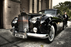 1960 Rolls Royce Silver Cloud in the block (paiasoloco) Tags: miami rollsroyce rolls luxury hdr silvercloud