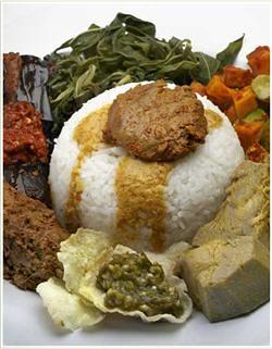 Nasi Padang Komplit
