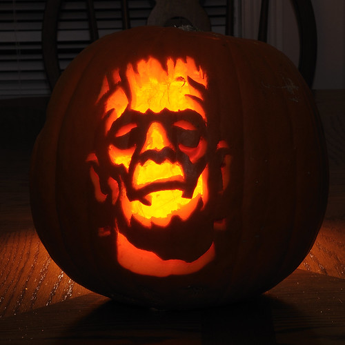 2987757143 55914176c2 65 Creative Pumpkin Carving Designs