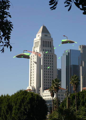 war of the worlds 1953 martian. Martians vs L A City Hall