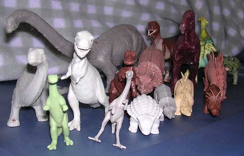 Attic Treasures - Three Decades of Dinosaur Reconstructions in Two Feet