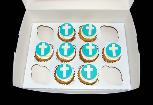 blue and white baptism cupcakes