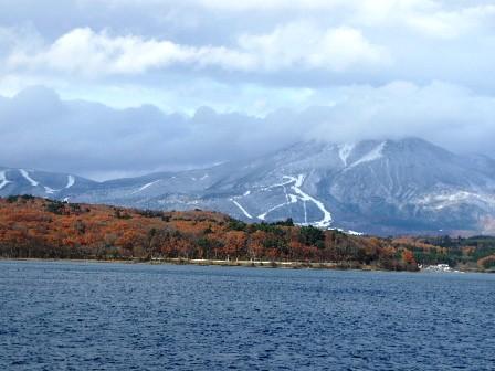 紅葉と会津富士