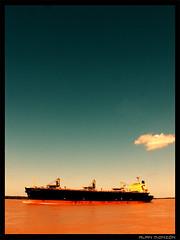 Ro marrn (Alan Monzn) Tags: argentina ro agua barco rosario marrn roparan