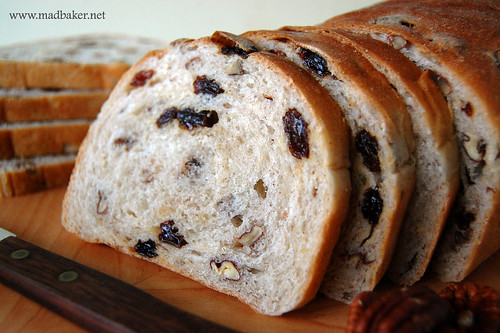 Rasin Pecan Bread