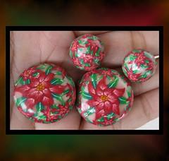 Poinsettias Beads