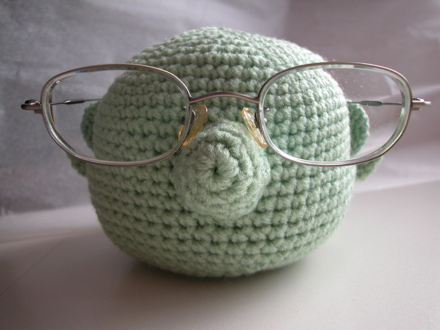 Dr Bunsen Honeydew Muppet Glasses Holder free pattern crochet