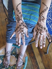 Eugenia's New Years mehndi (HennaLounge) Tags: new india gulf indian year henna mehndi khalijee