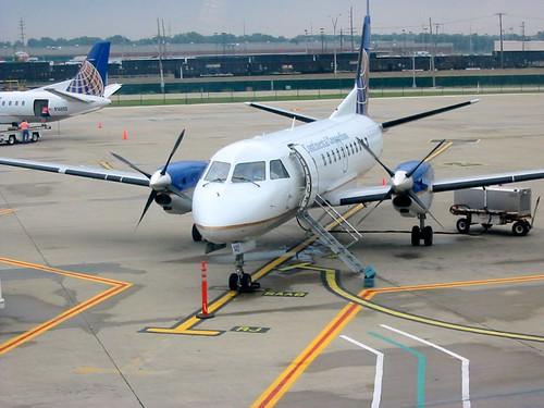 Saab 340 Turboprop. Continental SAAB 340 at KCLE