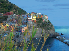 The coloured village (Nespyxel) Tags: sea colors mare village view liguria cinqueterre colori manarola laspezia paese 5terre villaggio spezia challengeyouwinner abigfave goldstaraward nespyxel stefanoscarselli peachofashot