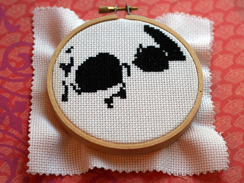 WiP: Cross-stitch skull