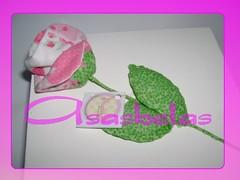 Uma rosa para vc (Andreza Muniz) Tags: flower art box handmade pano craft caixa patchwork rosas presente tecido paninho