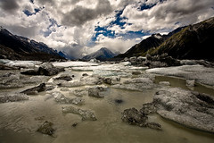 Ice on Tasman Lake (Richard Bolt) Tags: newzealand sky lake storm mountains ice clouds digital glacier canon5d icebergs lightroom mountcook 17mm aorakimtcooknationalpark terminallake canonef1740f4lusm diamondclassphotographer flickrdiamond goldstaraward