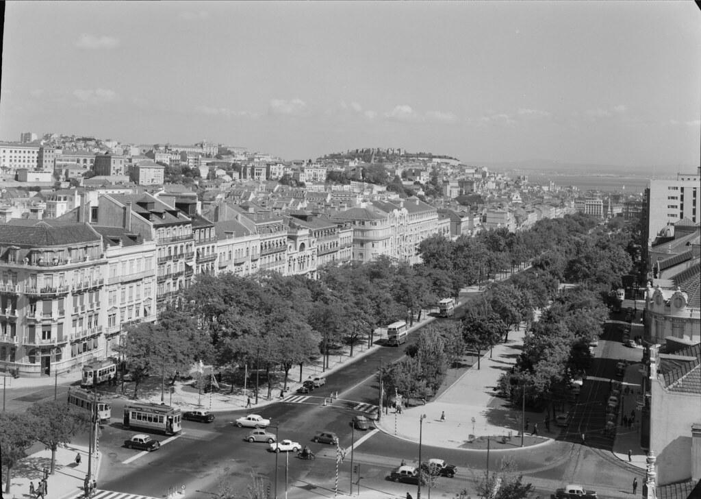 Avenida, Lisboa (M.Novais, 1953-58)