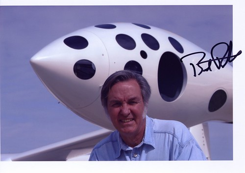 SpaceShipTwo / White Knight 2 - Page 4 2710827307_07e516c554