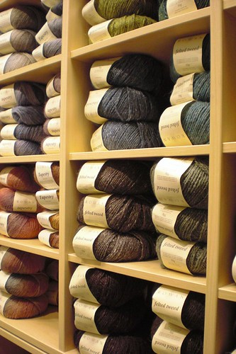 Newly stacked yarn