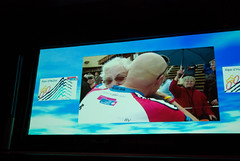20081006-013 (Alpe d'HuZes) Tags: amsterdam cancer vu fietsen alpe amsterdan doel kwf goede kanker dhuzes alpedhuzes peterkapitein geldoverdracht fredooms©