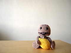 Sorta Sackboy (ilikelemons) Tags: lemon knitting sony yarn zipper mediamolecule littlebigplanet sackboy