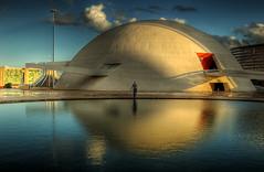 Igloo (Nilton Ramos Quoirin) Tags: brazil reflection arquitetura brasil museum architecture reflexo hdr brasilia igloo distritofederal igl museuhonestinoguimares
