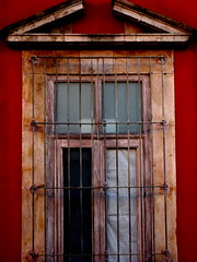 window on red (msdonnalee) Tags: red rot window mxico mexico rouge ventana rojo fenster  vermelho finestra sanmigueldeallende mexique janela rosso mexiko messico venster    i  ifyouseeredshootit  artlegacy photosfromsanmigueldeallende photosofsanmigueldeallende photosbydonnacleveland