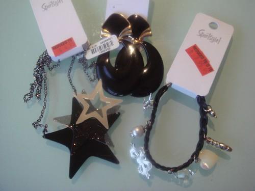 Sportsgirl accesories