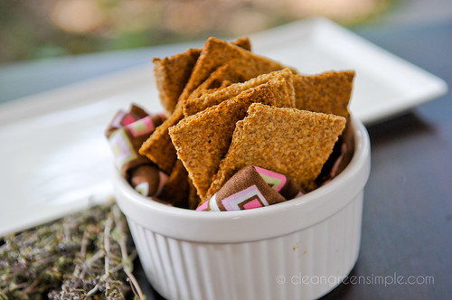 Flax seed crackers green wise