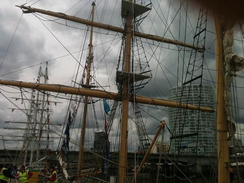 Masts ahoy!