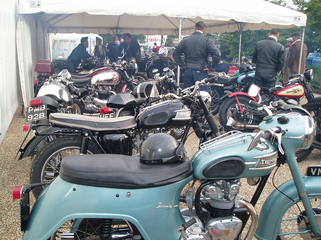 "Motorbikes and ""rockers"""
