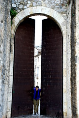 Sorry, the city is closed now, come in some other time... (shpandrak) Tags: spain besalú