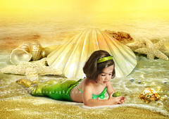 (mylaphotography) Tags: ocean sunset sea art halloween fairytale golden waves underwater artistic starfish bubbles fairy fantasy seashell mermaid underthesea seafairy mermaidcostume mylaphotography hercotumeisupforsale