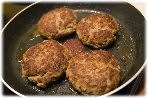 rissoles in the pan