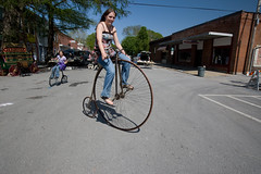 Best of Missouri Life Festival May 2-4 2008 (Notley) Tags: people bicycle festival may bicicleta missouri 2008 fahrrad pennyfarthing vlo boonville 10thavenue coopercounty ordinarybicycle notley highwheelbicycle oldtimebicycle pennyfarthingbicycle ruralphotography boonvillemissouri missourilife notleyhawkins missouriphotography bestofmissourilifefestival missourilifefestival bestofmissourilife missourilifemagazine httpwwwnotleyhawkinscom notleyhawkinsphotography