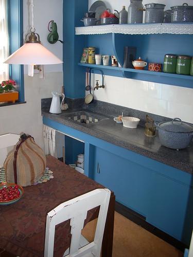 Jaren 30 Stijl Keuken : niet zo strak zijn. Kun je een plaatje plakken van wat jouw stijl is