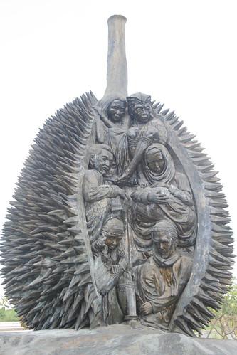 Durian Sculpture by Kublai