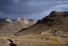 11383 FED -refuge du pre Foucault-Asekrem-Tamanrasset-Algerie (Francesc.Bajet) Tags: paisajes desert desierto algerie refuge prefoucault asekremtamanrasset