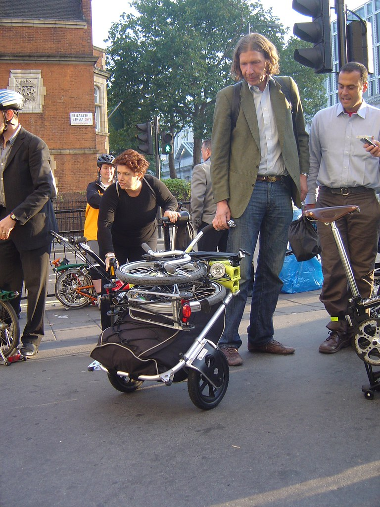 Bikes2fold.com Carry Freedom made in Swissland 2907046415_1815eb356a_b
