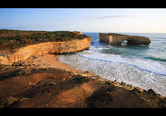 London Bridge - Great Ocean Road Australia (Tanya Puntti (SLR Photography Guide)) Tags: ocean sea londonbridge landscape australia victoria greatoceanroad bestofaustralia
