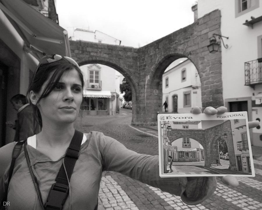 Eva na Porta Nova em Évora