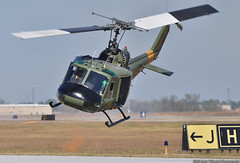 UH-1 Huey Vietnam Demo (Max Tribolet) Tags: demo wings over houston vietnam airshow huey 2008 uh1