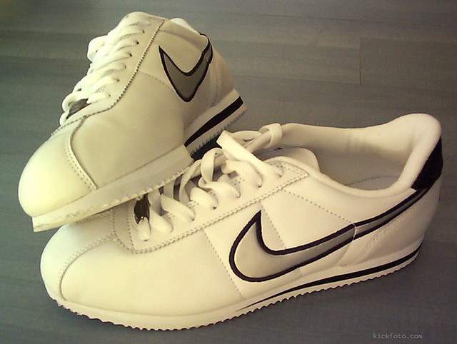 white shoes trainers nike sneaker kicks cortez collector boxfresh collecton boxfreshsneakers