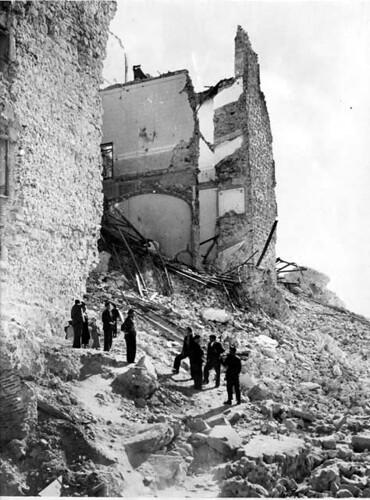 En los restos del Alcázar