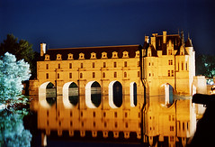 chenaunceaux (gianluca_cozzolino) Tags: world paris night reflex nikon emotion dia pentaxk1000 emotions loire notturna chenonceau reportage analogic diapo abigfave castellidellaloira nikonblack chenaunceaux